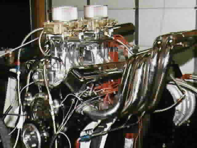 A big block Chevy on the RevSearch engine dyno, 13K img.